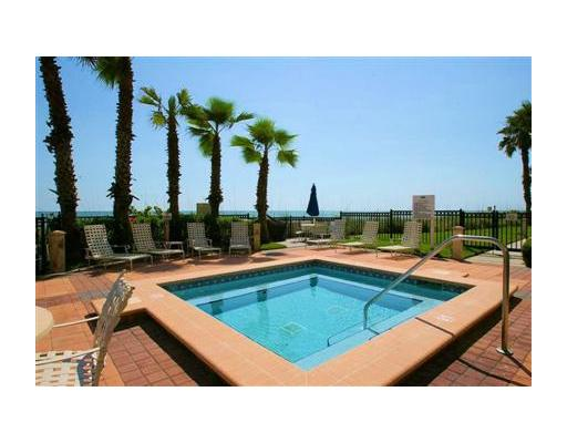 Luxury Redington Beach Florida condo pool